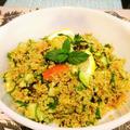 カレーキヌアサラダCurry flavored quinoa salad.前日の余り...