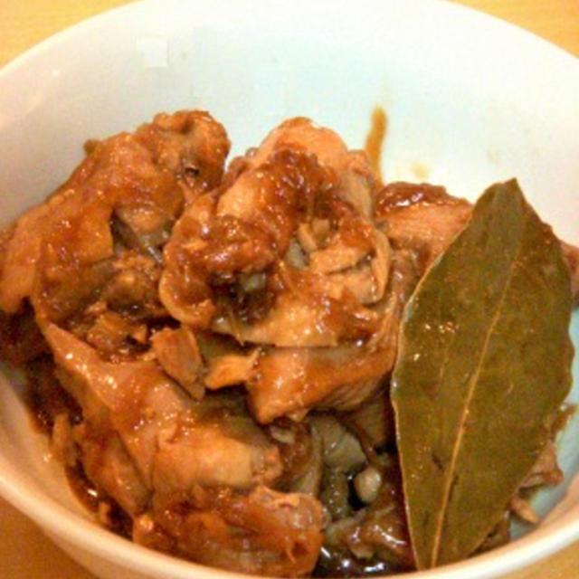 フィリピン「おふくろの味」チキン・アドボ