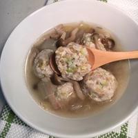 サラダ用ブラウンライスを使って♪レンコン鶏つくねの白菜スープ
