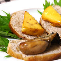 オードブルチーズと牡蠣の燻製