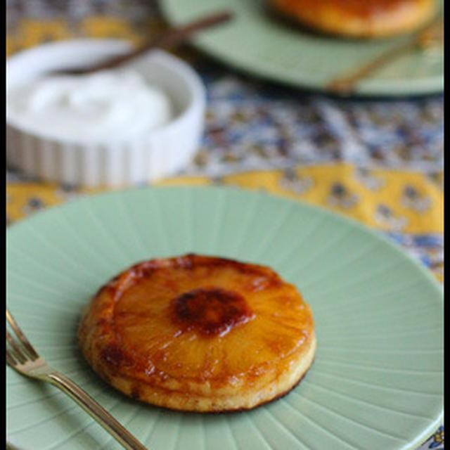 ホットケーキミックスで簡単!パイナップルのアップサイドダウンケーキ