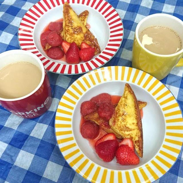 【引きこもりレシピ】好みの食感に調整できるフレンチトーストと苺ソースの作り方