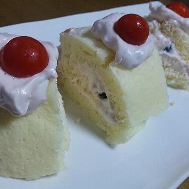 カゴメ凛々子DE♪<凛々子ホイップ♪ロールケーキ>(キッチン ラボ)*1才からのレンジでケーキセット
