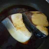 甘辛ブリの照り焼き