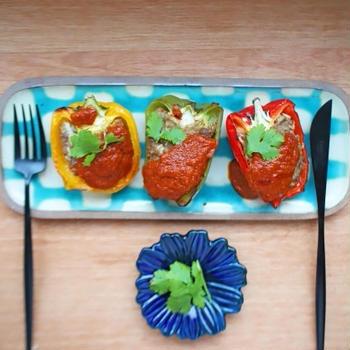 カラフルな3色「パプリカの肉詰め」のレシピ