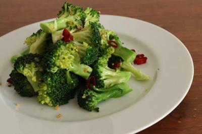 疲れているときにおすすめ!ブロッコリーのアーリオオーリオのレシピ