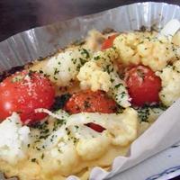 カリフラワーとプチトマトの味噌マヨグラタン