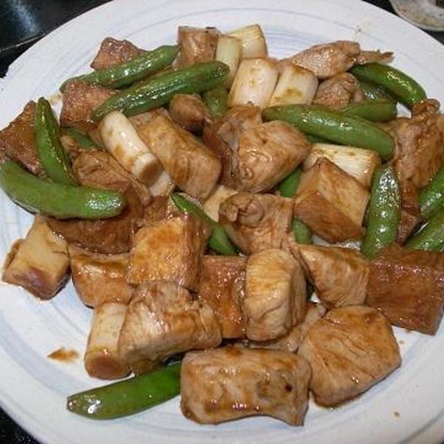 ◎[簡単]鶏とスナップエンドウのピリ辛ソース炒め
