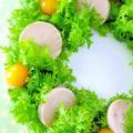 鶏ハムとわさび菜のクリスマスリース♪ 簡単クリスマスレシピ by みぃさん