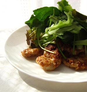 鶏ムネ肉のごまマヨネーズ焼き