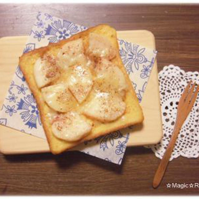桃とチーズのシナモンフレンチトースト