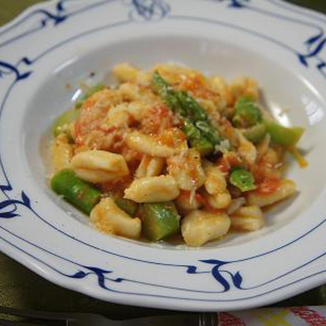 アメーラトマトのパスタとカリフラワーのスープ
