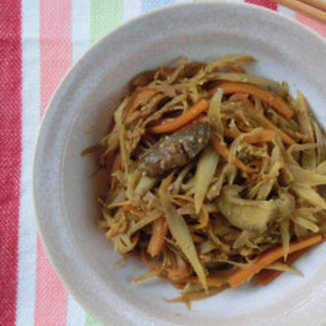 カレーパワーで食欲UP★ゴボウと切り干し大根の和風カレー炒め煮