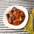 肉の旨みがたっぷり、豚肩ロース肉のトマト煮込み