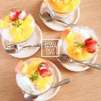 ● オレンジチーズのムースとゼリーのグラスティラミス。