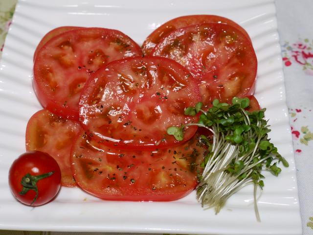 トマトのはちみつサラダ