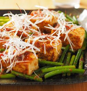 豆腐ステーキ・ぴり辛生姜ソース