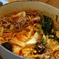 風邪防止、酸っぱ辛いキムチ鍋の隠し味は。。。。
