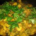 インドのポテトとインゲン豆のカレー