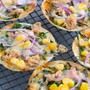 ほうれん草とツナのパリパリピザ♪スイートチリ&マヨソースで野菜スナック