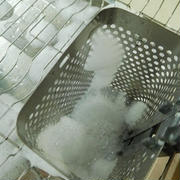 キュキュットCLEAR泡スプレー<無香性>で食器乾燥機もピッカピカ☆
