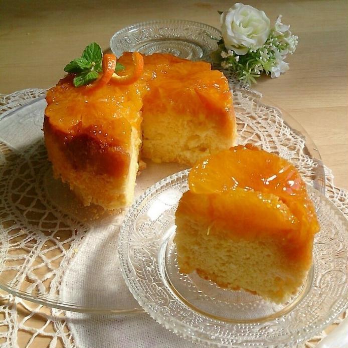 ミントを飾ったいよかんのケーキ