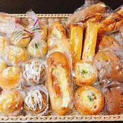 5月24日の夕飯 *** パン食べ放題 ***