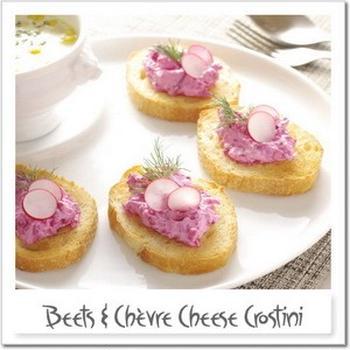 シェーブルチーズとビーツのクロスティーニ
