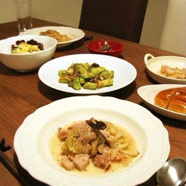 塩糀豚とキャベツの蒸し煮とゆりりさんの*茸のマリネ
