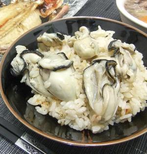 味の決め手は生姜とオイスターソース!牡蠣ごはん♪