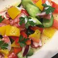 野菜がたくさん取れる彩り鮮やかなタコと夏野菜のマリネ・・