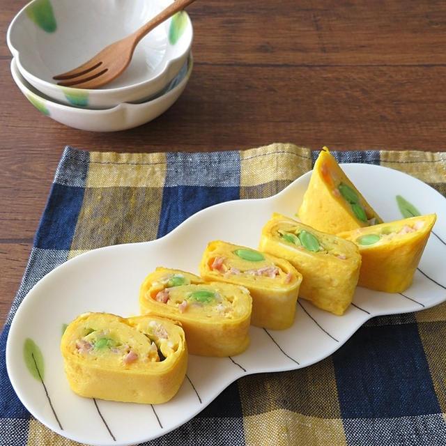 お弁当に大人気♪枝豆とベーコン卵巻き