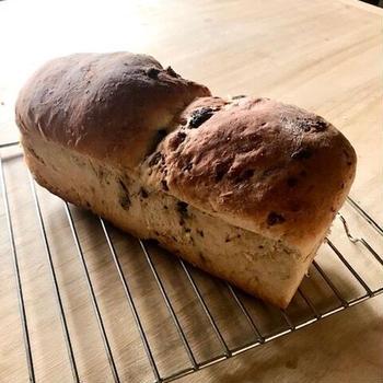 Pane con uvetta 干しぶどうパン