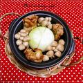 ★丸ごと玉ネギときのこの炙り焼きチキン鍋★ by mimikoさん