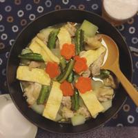 鶏肉と冬瓜のシャンタン鍋