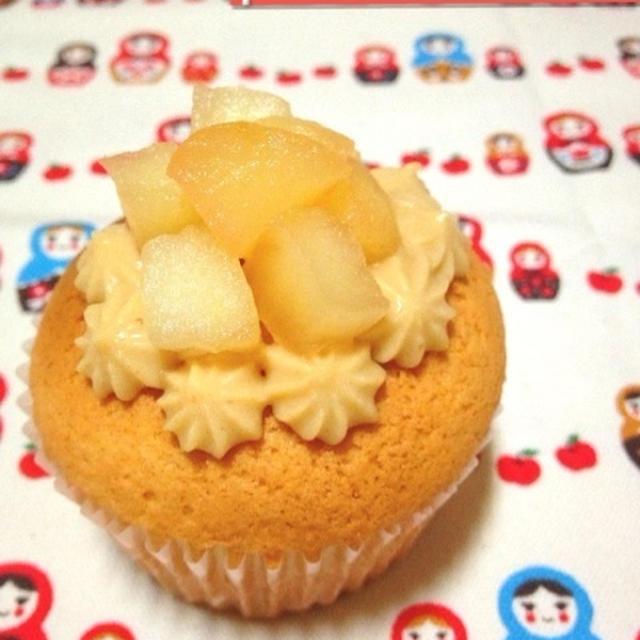 りんごのデコカップケーキ