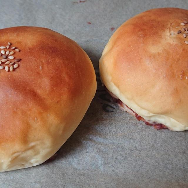 あんパン、フィナンシェ、茄子バタ丼 und 茄子のカレーペースト