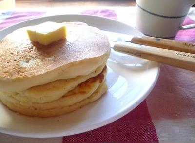 ふんわりもっちりリコッタチーズの米粉パンケーキ
