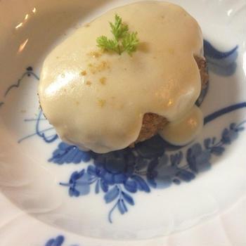 カレーホワイトクリームハンバーグ☆