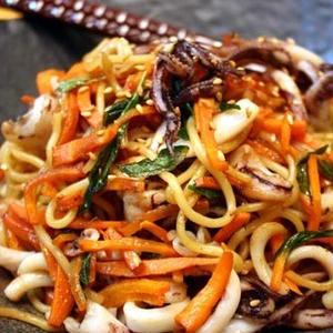 たまには豪華に!おうちで作れる「海鮮焼きそば」おすすめレシピ