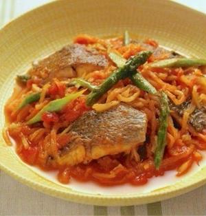 白身魚と切り干し大根のトマト煮