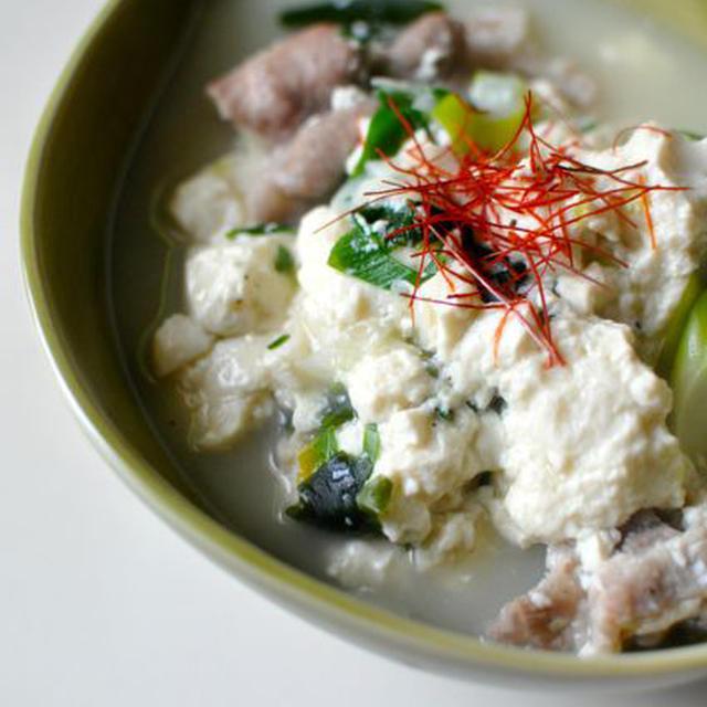 ふるふる肉豆腐スープ