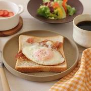 ベーコンエッグトーストな朝ごはん