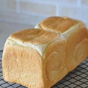 皮までやわらか♪ホワイトラインの極しっとり食パン