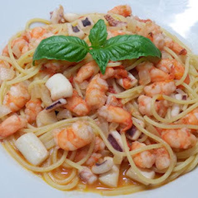 海老・いか・トマトのスパゲッティ