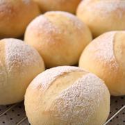 フワフワ白パンと夕食
