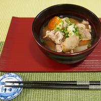 身体ポカポカ♪根菜たっぷり生姜豚汁