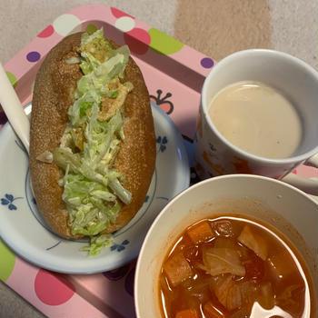【ご当地パン】簡単☆美味しい☆コールスローからの〜ポテチパンで朝ごぱん