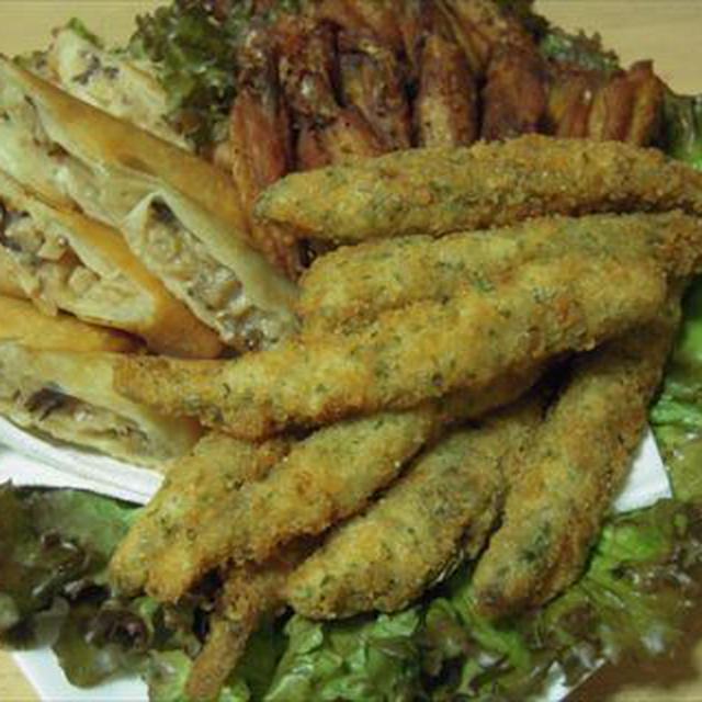 揚げ物盛り合わせ、鱧の湯引き、大根サラダ、きゅうり膾で飲み会