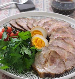 上品な味わい 柔らか紅茶煮豚
